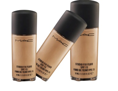 mac-studio-fix-fluid-spf-15-nw-45-or-47.jpg